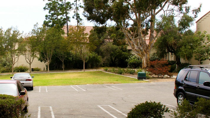 "Parking lot at Occidental College from ""Clueless"""