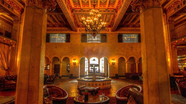 Hollywood Roosevelt lobby